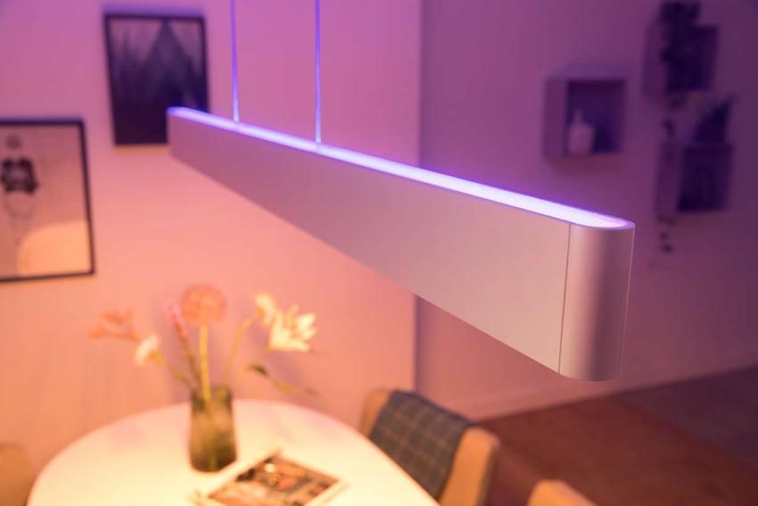 Det var kærlighed ved første blik da Philips introducerede den nye Ensis lampe, men små skønhedsfejl trækker ned på oplevelsen