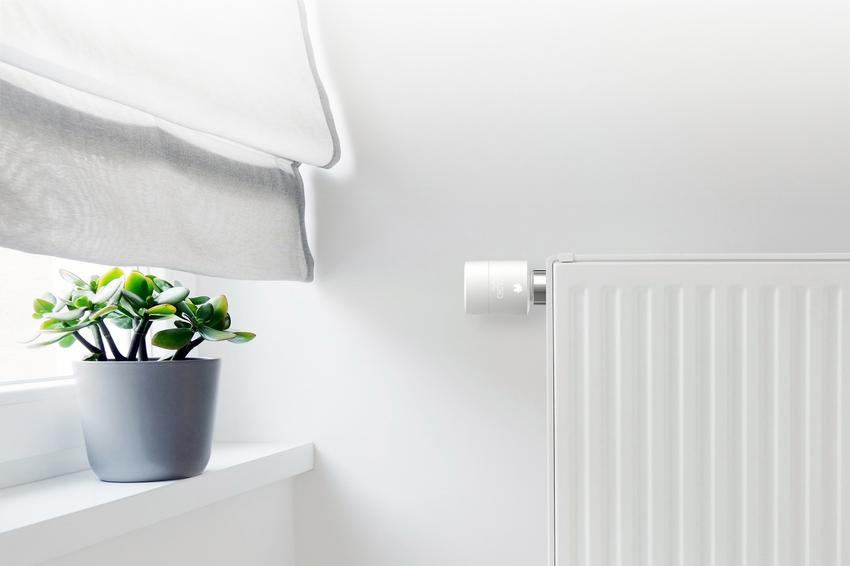 Er du klar til at gøre dine radiatorer smarte via cloud? Tado Smart thermostat er flot på design, men mangelfuld på funktioner